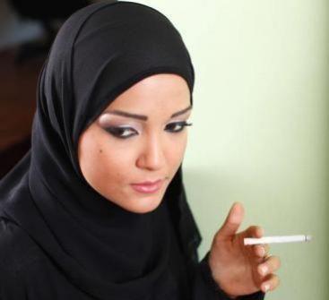 السعودية: فرض غرامة 200 ريـال على المدخن و20 ألفاً على زارع التبغ
