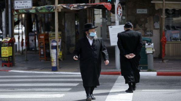 أغسطس الأسود.. إسرائيل تواجه أسوأ شهر مع كورونا 'بالأرقام'