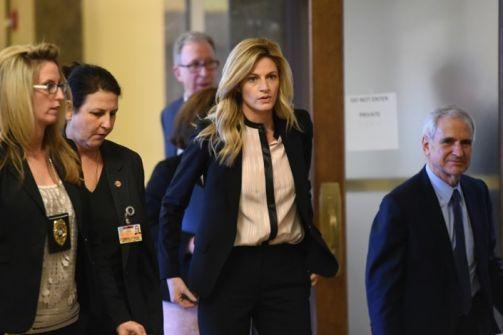 تعويض بـ55 مليون دولار لصحافية أمريكية بعد تصويرها عارية