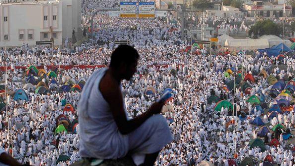 نتنياهو يوظف الحج والعمرة والتطبيع لخدمة مصالحه الإنتخابية...راسم عبيدات