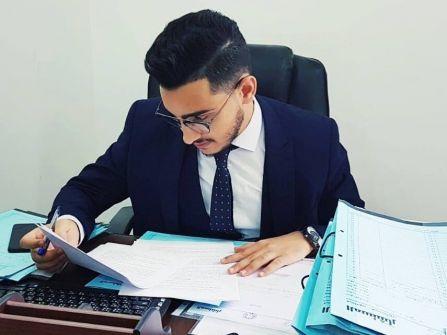 الكاتب حمزة العلبي خرج عن النص وبالغ في السرد ....صفوت الحنيني