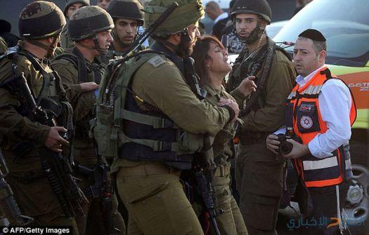 إصابة مجندة في مخيم الدهيشة واعتقال 17 مواطنا في الضفة
