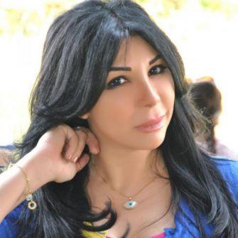 القبض على فنانة مصرية مشهورة بتهمة الدعارة مع 13 فتاة