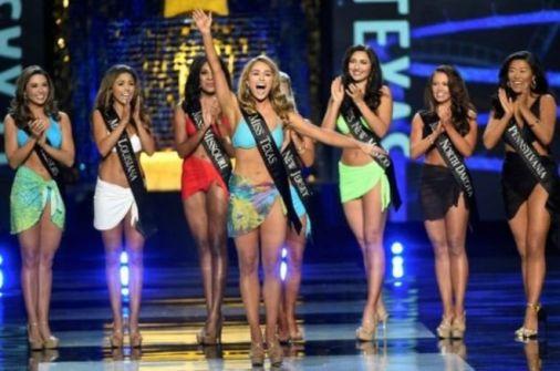ملكات جمال العالم بين 'السياسة والسيلفي'