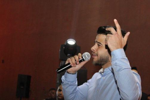 ادهم النابلسي  يسحر جمهوره بأولى حفلاته الغنائية في الاردن