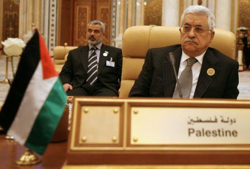 عباس و حماس ورحلة البحث عن الشرعية المفقودة....محمود شاهين