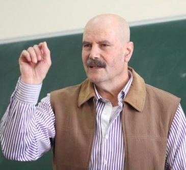 كتب جواد بولس:الحرية للأحمدين، قطامش وزهران