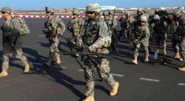 الجيش الأمريكي يقوم بإخلاء أول مستودع للأسلحة من سوريا