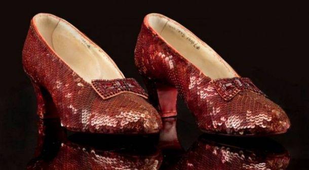 حذاء مفقود والمكافأة مليون دولار