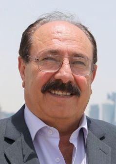 كوميديا الديمقراطية الشرقية...كفاح محمود كريم