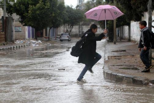 الارصاد الاسرائيلية: منخفض مثلج يصل من روسيا الاحد وغزة تكتسي بالبرد