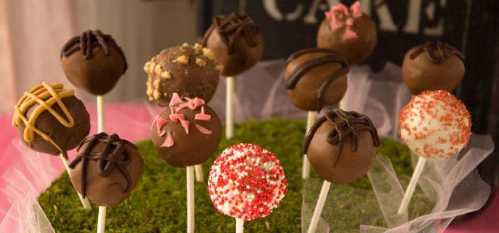 دراسة حديثة: أمراض القلب والسكر والسرطان تسببها 'الحلويات وهذه المشوربات'