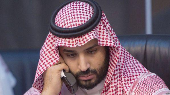 'التايمز': 'ابن سلمان' أمرَ 'الرئيس الفلسطيني' بقبول أي عرض يطرحه 'ترامب' أو الإستقالة