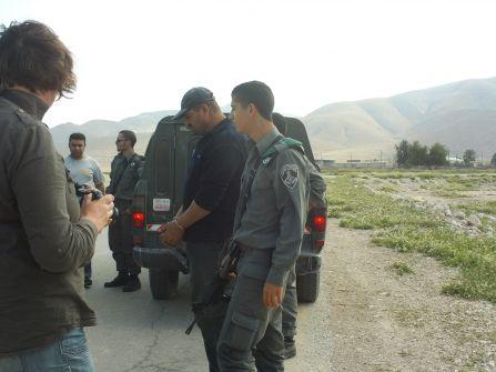 الاحتلال يعتقل خمسة مواطنين من الجفتلك ليرتفع عدد معتقلي اليوم لـ17 مواطناً