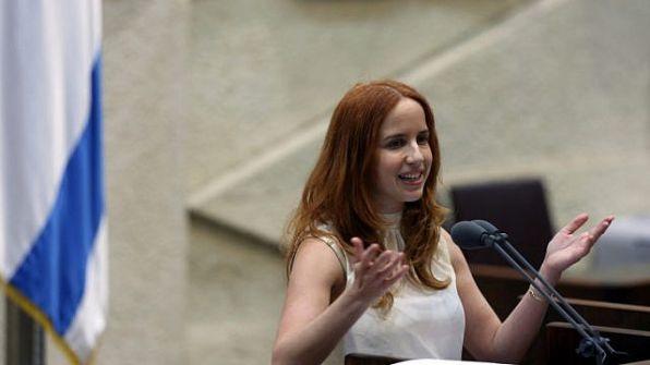 أكثرية الإسرائيليين تدعم مشاركة النساء في الكنيست القادم