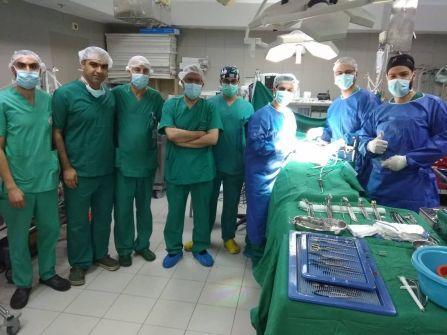 نجاح أول عملية زراعة كلية في مستشفى المقاصد