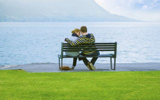 'الحب الأول' .... عبد الهادي شلا