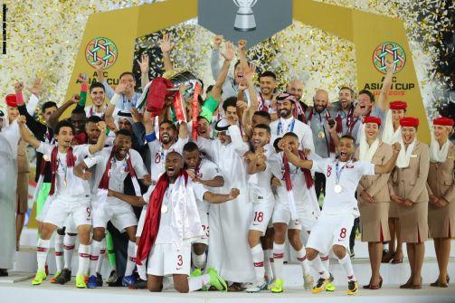 فيديو: هكذا هنأ أمير قطر منتخب بلاده بعد الفوز ببطولة كأس آسيا