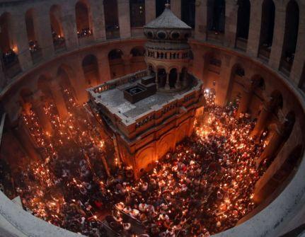 الاحتفال بسبت النور في القدس وبيت لحم ورام الله