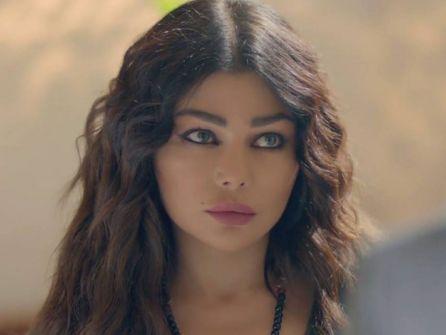 بالفيديو – المشهد الذي حذفته القنوات لهيفاء وهبي في مسلسل 'الحرباية'