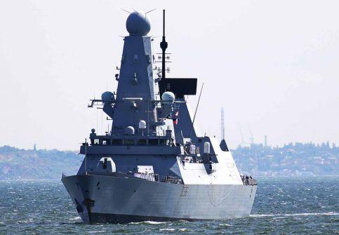 بين الإعلان الروسي والنفي البريطاني.. ما الذي حصل في البحر الأسود؟