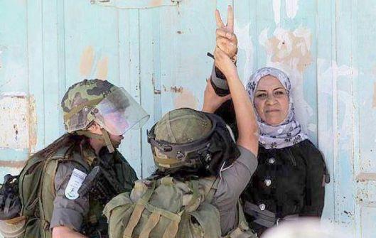 المرأة الفلسطينية وزمن التيه....عدنان الصباح
