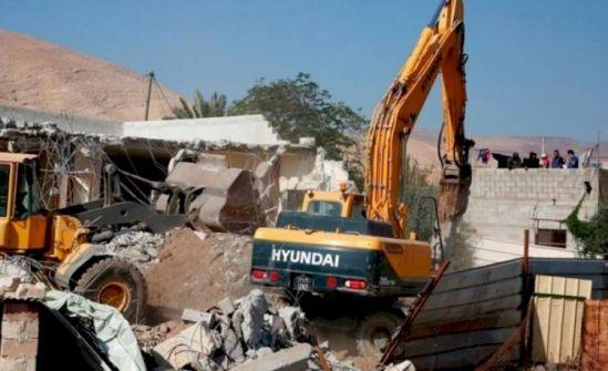 غانتس وساعر يشكلان لجنة لمتابعة عمليات البناء الفلسطيني في المناطق