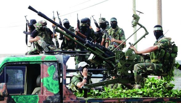 مستشرق إسرائيلي: نسعى لإيصال حماس لوضع فتح الآن.. إلقاء السلاح