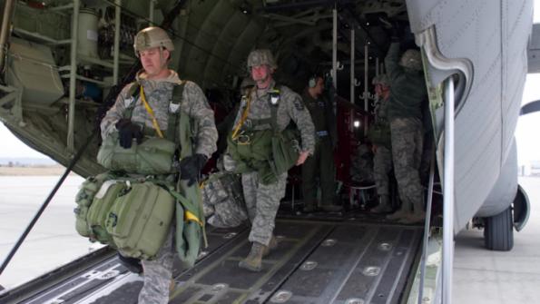 قوات امريكية تعيد انتشارها في السعودية ودول عربية