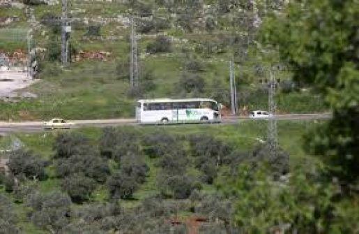 قرار إسرائيلي بشق شارعين استيطانيين في الضفة