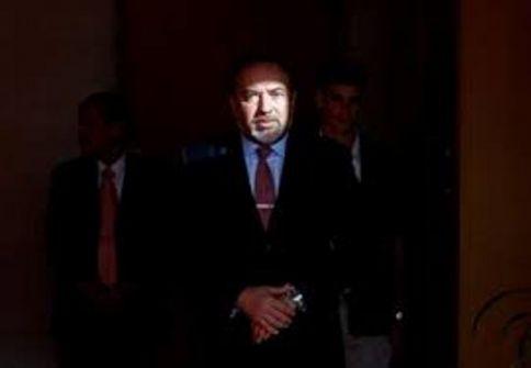 ليبرمان إستقال بدافع حساباته السياسية الانتخابية وليس بدافع الخلافات الأمنية ......بقلم راسم عبيدات