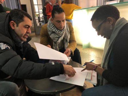الغد الفلسطيني تُوصل رسالة المقطوعة رواتبهم للهيئات الدولية ببروكسل