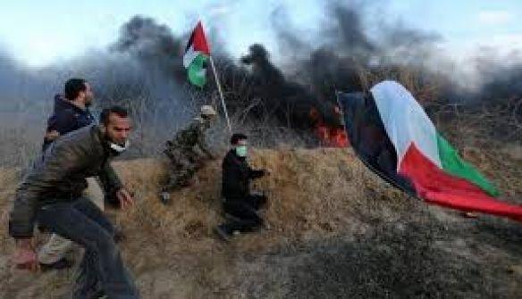 كاتب فلسطيني :'اوقفوا مسيرات العودة...يا خسارة الدم'