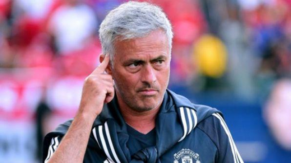 مورينيو يكشف عن سلاحه لقيادة مانشستر يونايتد للقب الدوري