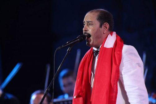 الفنان التونسي بوشناق يرفض الغناء مع إسرائيلي