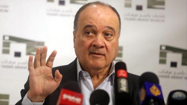 مصادر: الرئيس يقبل استقالة ناصر القدوة من المركزية ويقيله من رئاسة مؤسسة ياسر عرفات