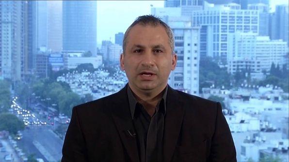 صحافي إسرائيلي يهاجم أردوغان ويكشف عن العائلة اليهودية التي تمتلك نصف ثروة العالم وتسببت في هبوط الليرة