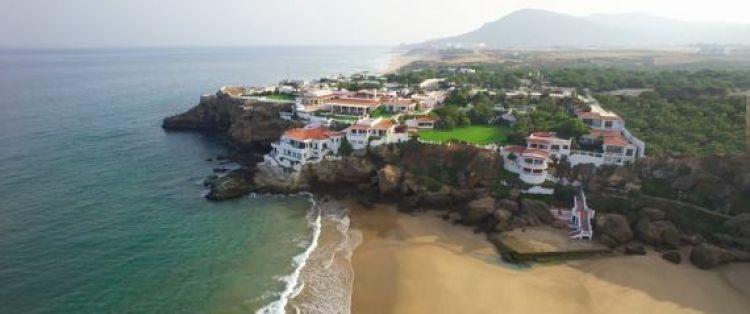 الملك سلمان يصل إلى المغرب لقضاء عطلته السنوية.. قصور وسيارات فارهة ومئات الغرف الفندقية في انتظاره