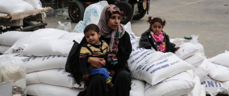 ميّتون لكن يتنفسون..مخاوف من انفجارٍ قادم في غزة المحصورة بين مصر وإسرائيل.. فماذا عن دحلان وراعيته الإمارات؟