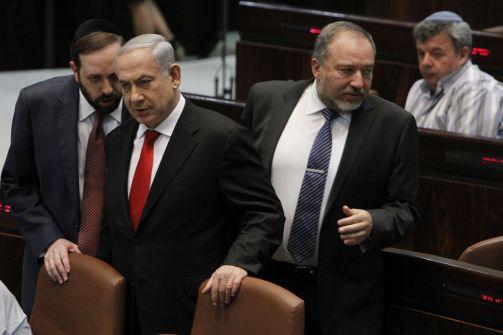 حكومة اسرائيل تصادق على تعيين ليبرمان وزيرا للجيش