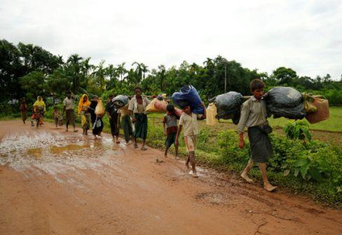 الضحايا المنسيون...من هم مسلمو الروهينغا ولماذا يتم قتلهم وطردهم؟