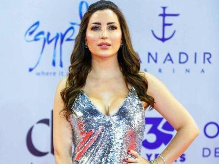 نسرين طافش تكشف عن سبب تناولها كابتشينو بالذهب - فيديو