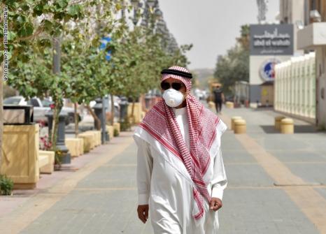 الصحة العالمية: نرى الموجة الرابعة من وباء كورونا في الشرق الأوسط