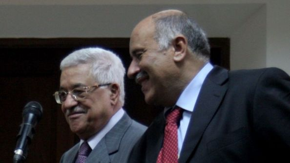 تقرير اسرائيلي يرشح 6 شخصيات لخلافة الرئيس عباس ويستبعد دحلان والبرغوثي