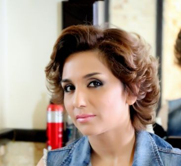 رنا شميس ترد على الإنتقادات بسبب مشهد فض بكارتها