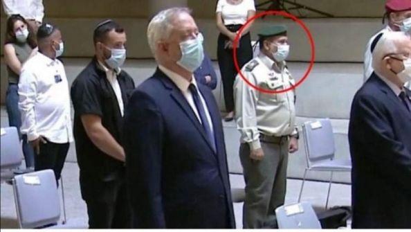 عزل عشرات الضباط والجنود الاسرائيليين
