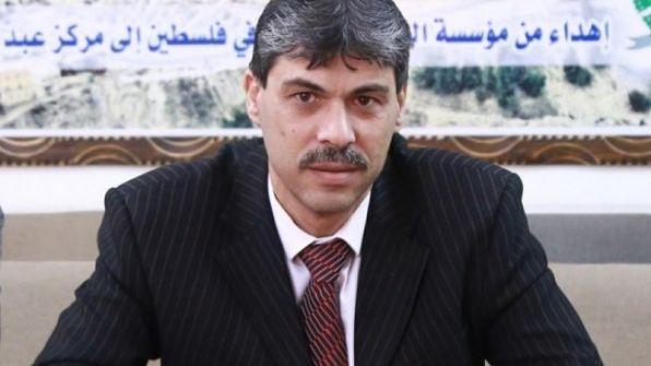 من هم خارج الملعب لا يحققون اهدافاً ...بقلم د. محمد عبد اشتيوي