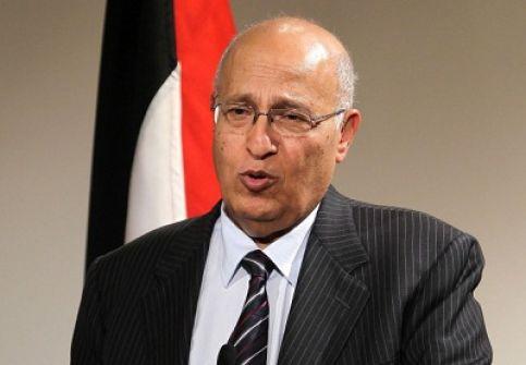 شعث: رفع العلم الفلسطيني على مقر الأمم المتحدة تتويجاً لجهود الدبلوماسية الفلسطينية