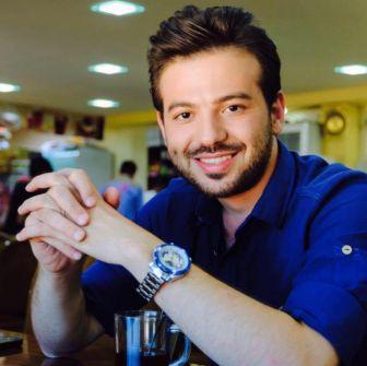 إعلامي ومذيع سوري يثير ضجة كبيرة بعد إعلانه أنّه 'مثلي'!