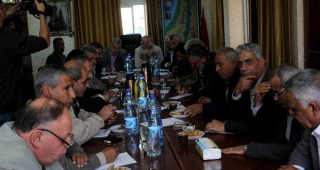 فتح تنهي مقاطعتها لاجتماعات القوى الوطنية والإسلامية بغزة